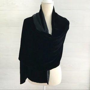 {Ann Taylor} Black silk & velvet shawl